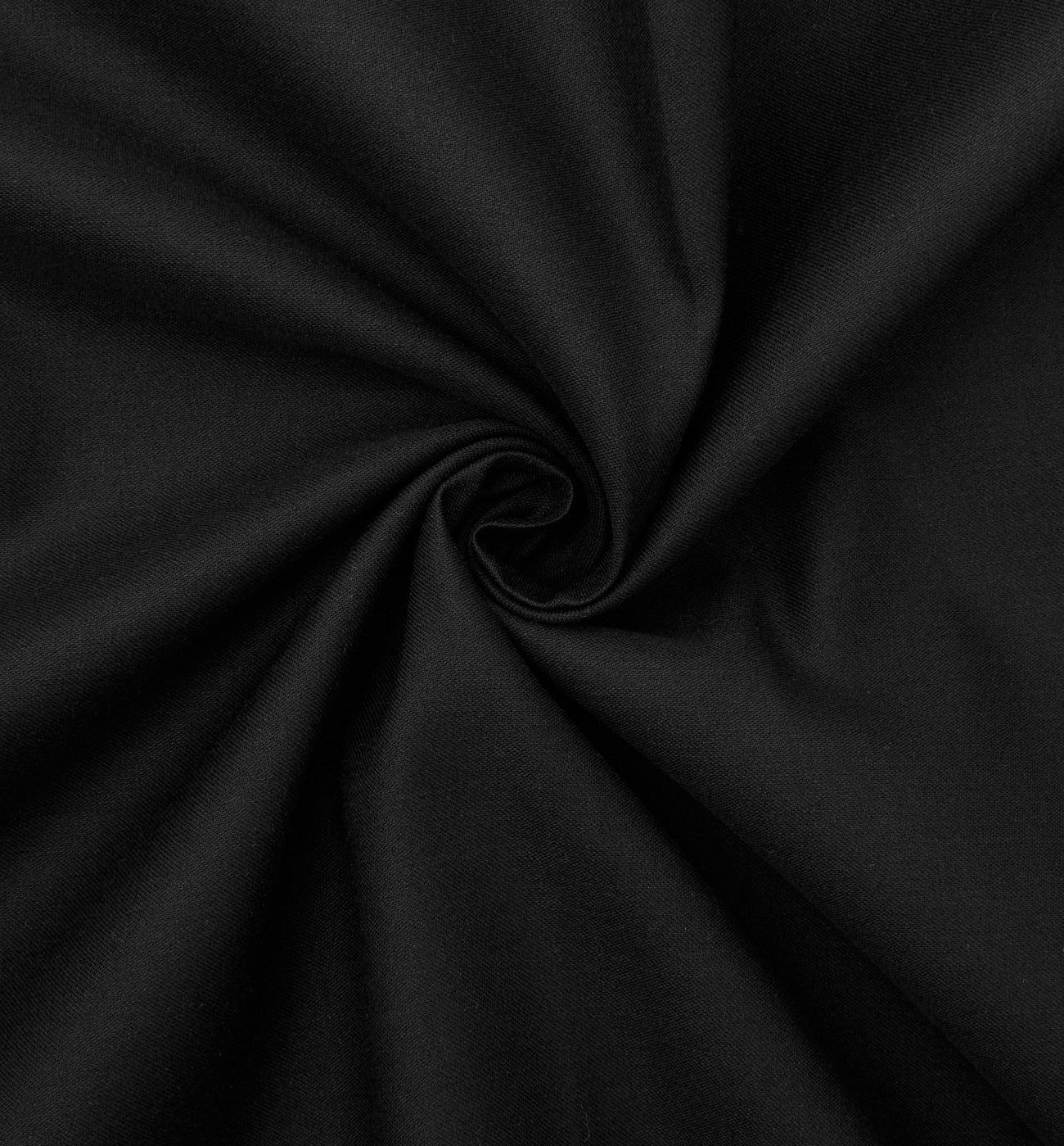 Coupon de tissu en coton satin
